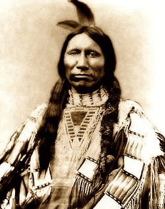 crazy horse served under famous chief sitting bull
